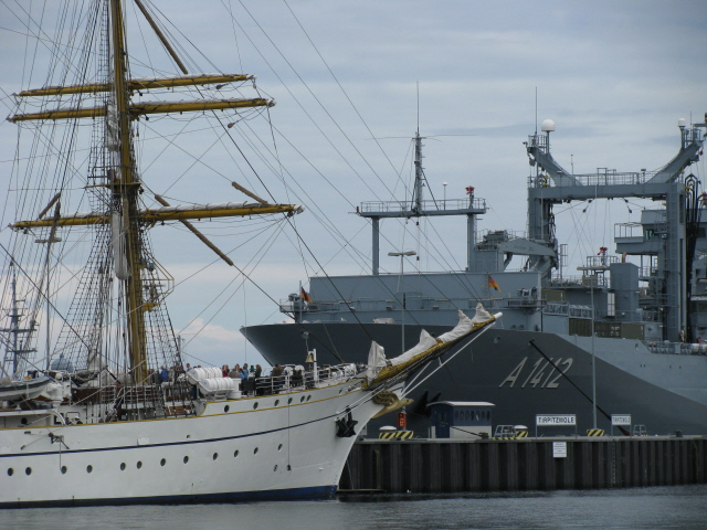 Ships of new and old sail into the same world in Kiel's northern port.
